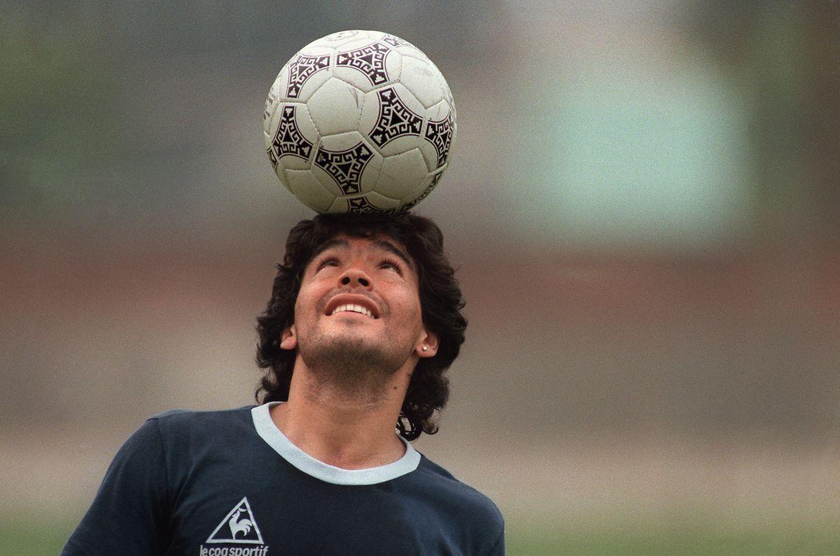Am Ball war Diego Maradona nur selten zu stoppen.