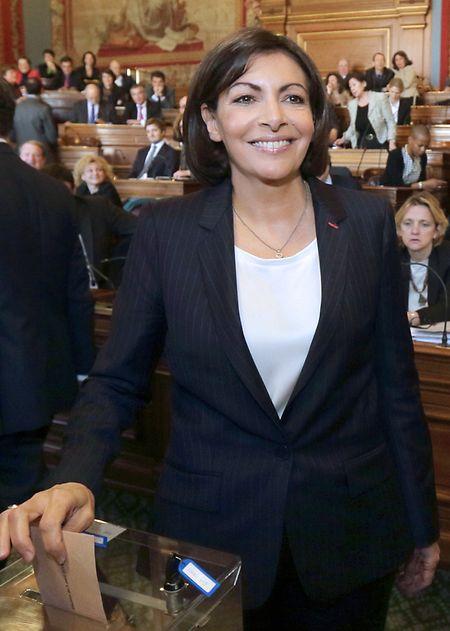 Die Sozialistin Anne Hidalgo wurde in ihrem Amt als Pariser Bürgermeisterin bestätigt, obwohl sie den Dreck in der Hauptstadt nicht in den Griff bekam.