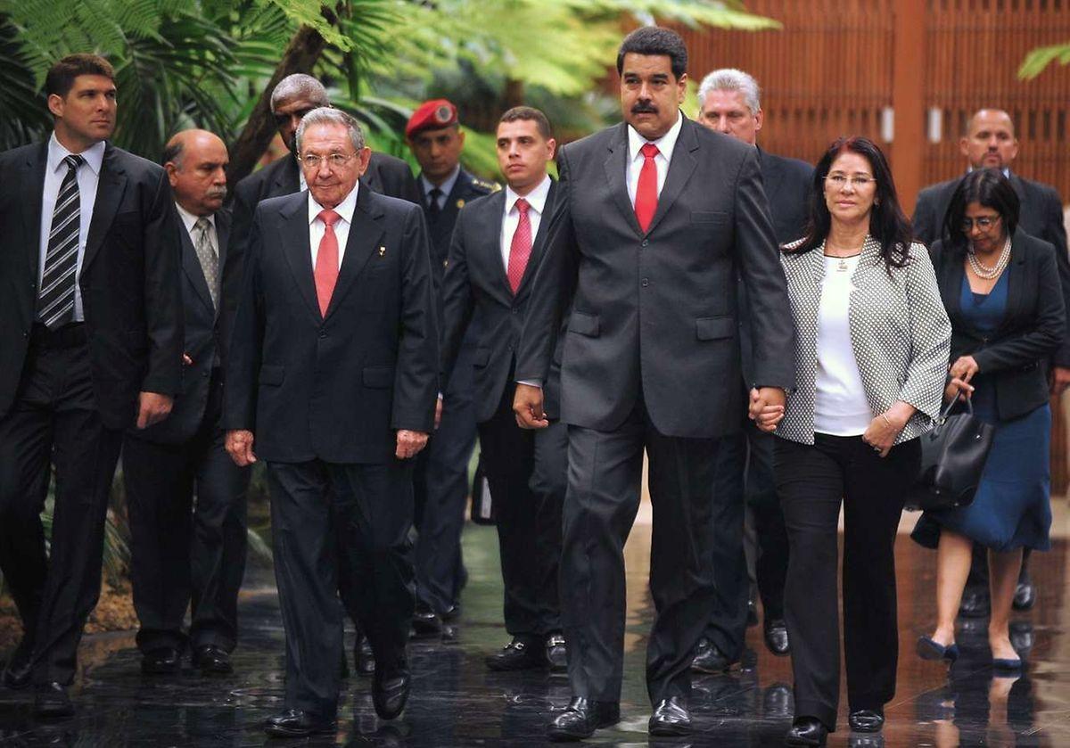 Nul doute que la visite du président américain a été évoquée entre Raul Castro et Nicolas Maduro, officiellement venu parler coopération économique, énergétique et politique.