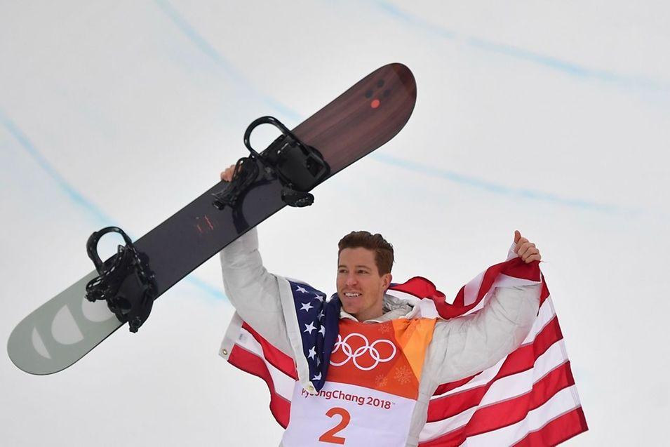 Shaun White s'est offert son troisième titre olympique.