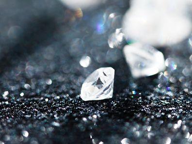 2005 waren am Amsterdamer Flughafen Diamanten im Wert von 75 Millionen Euro verschwunden.