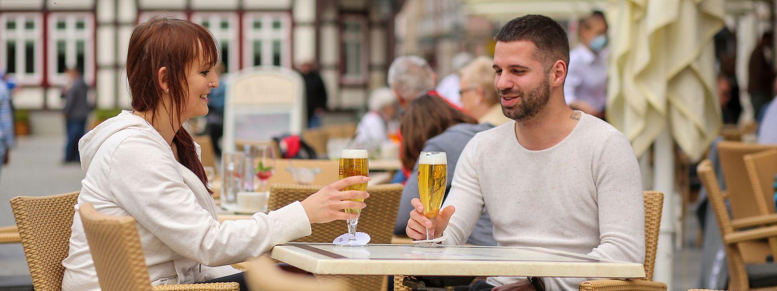 Bars et restaurants belges pourront  à nouveau servir des petits-déjeuners puisqu'ils seront autorisés à démarrer dès 5h du matin dès le milieu de semaine prochaine.
