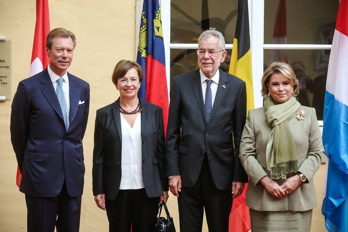 Der österreichische Bundespräsident Alexander Van der Bellen und Frau Doris Schmidauer.