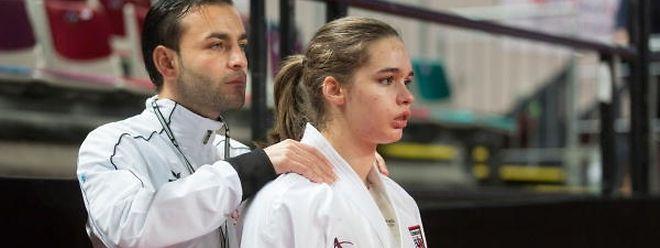 Jenny Warling, hier mit Nationaltrainer Mickaël Lecaplain, nahm in Rotterdam Revanche für die Halbfinalniederlage gegen Emilie Thouy bei der EM im vergangenen Jahr.