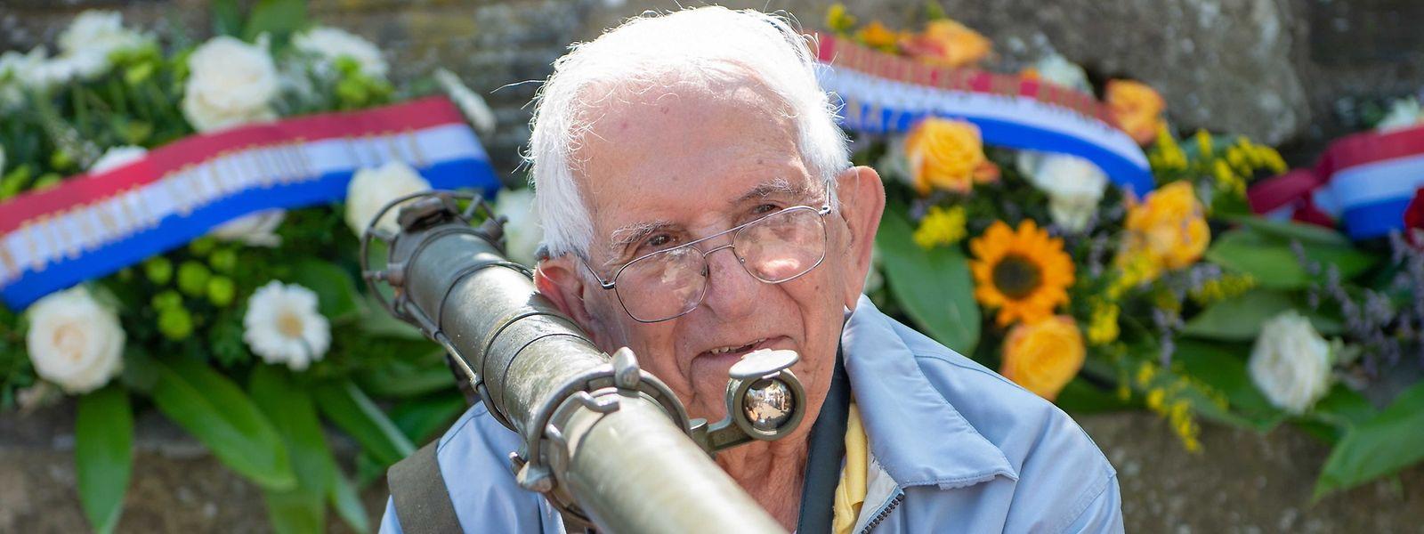 """Im Alter von 96 Jahren wollte US-Veteran Dominic Giovinazzo noch einmal jene Schlachtfelder im Ösling sehen, auf denen er im Zweiten Weltkrieg kämpfte - und zum """"Bazooka Man"""" wurde."""