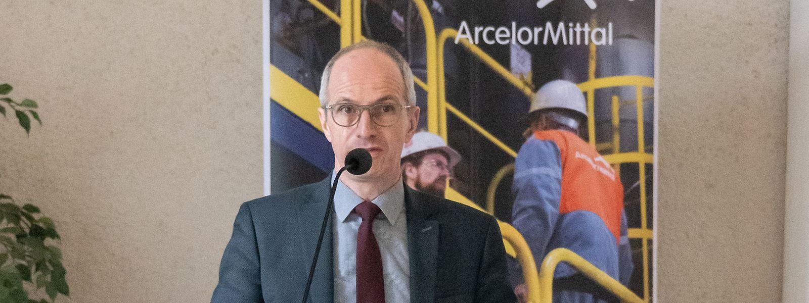 L'usine de biogaz devrait être achevée en 2023. Au terme d'un investissement de 15 millions d'euros, elle devrait permettre au groupe sidérurgique de réduire ses émissions de CO2 de 4.000 tonnes/an.