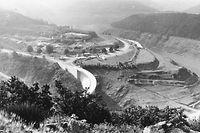 Nach der Fertigstellung der Staumauer wurde die Obersauer auf  380 Hektar Fläche zum Stausee.