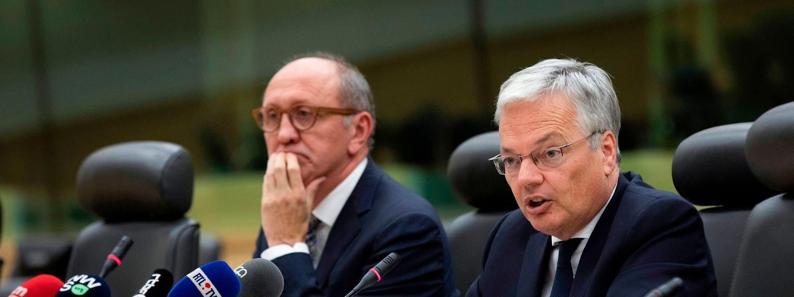 Depuis juin, le libéral francophone Didier Reynders (à droite) et son vis-à-vis flamand, le socialiste flamand Johan Vande Lanotte, ont cherché à baliser la formation du futur gouvernement fédéral.
