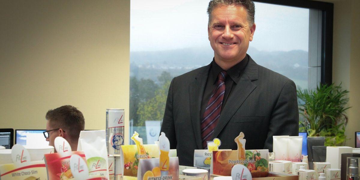 Rolf Sorg verkauft Nahrungsergänzungsmittel und Beautyprodukt via Direktvertrieb – und das weltweit.