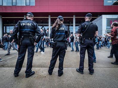 Die Polizei will am Samstagabend an der Rockhal verstärkt Präsenz zeigen.