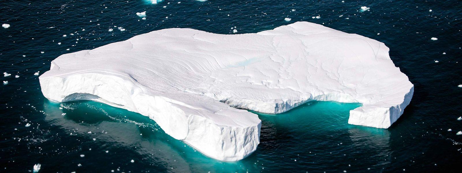 Die Idee, mit einem solchen Koloss aus Eis gegen die Wassernot vorzugehen, sorgte bei vielen Menschen erstmal für Verwirrung. Davon lässt sich der Erfinder der Idee jedoch nicht beirren.