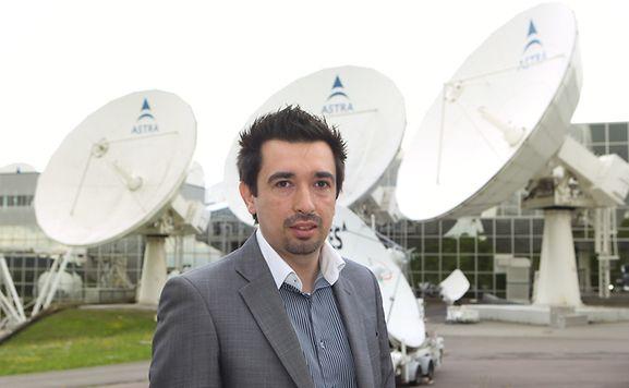 Sérgio Amado é engenheiro de software e trabalha na empresa luxemburguesa Sociedade Europeia de Satélites (SES) há três anos. Antes de chegar ao Luxemburgo com a família, trabalhava já como especialista em robótica em Portugal.