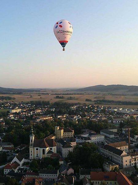 Les deux ballons aux couleurs de «Lëtz make it happen» et de la «Post» ont représenté le Luxembourg dans le ciel autrichien.