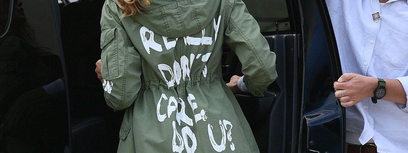 """""""I really don't care"""" - den Eindruck kann man bei Melania Trump tatsächlich gewinnen. Aber stimmt das wirklich?"""