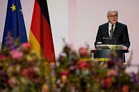 German President Frank-Walter Steinmeier delivers a speech during a ceremony for Germany's victims of the coronavirus (Covid-19) pandemic at the Konzerthaus concert hall in Berlin on April 18, 2021. - Germany holds a national memorial service and ceremony on April 18 for its 80,000 victims of the coronavirus pandemic, sharing the pain of grieving families and those who died alone because of Covid curbs. (Photo by Michael Sohn / POOL / AFP)
