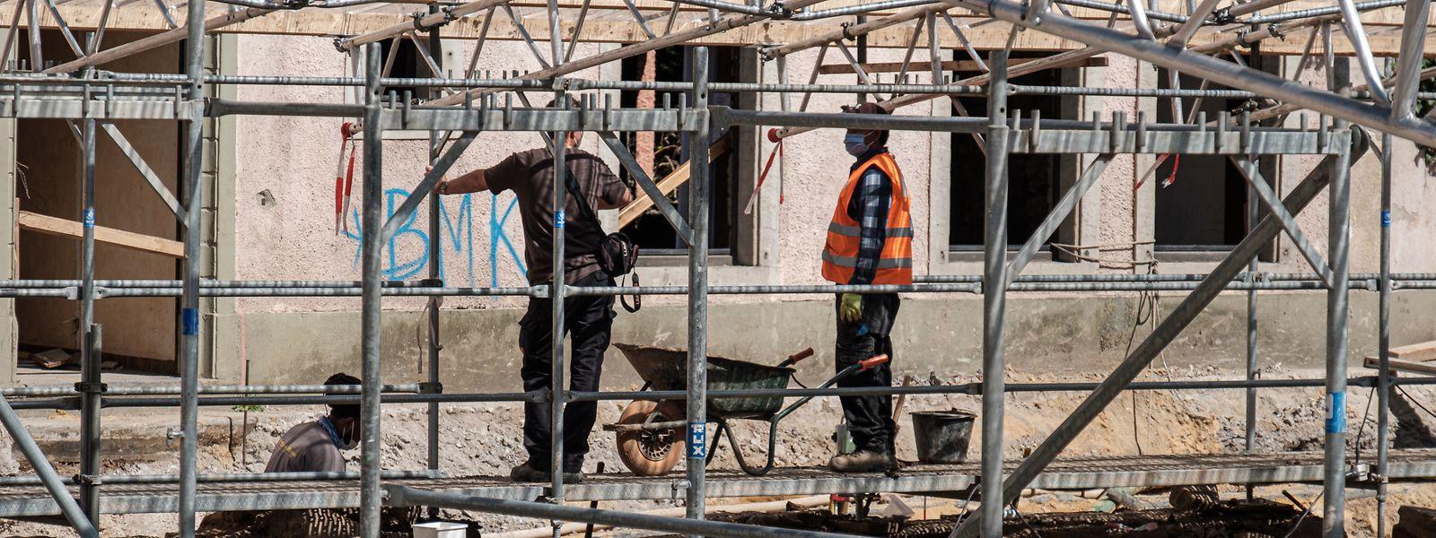 Arbeiter an der Ausgrabungsstelle auf dem Gelände der Petite Marquise.