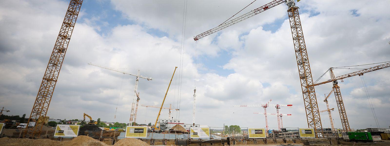 Tous les chantiers sont désormais à l'arrêt au pays en raison de la crise du covid-19