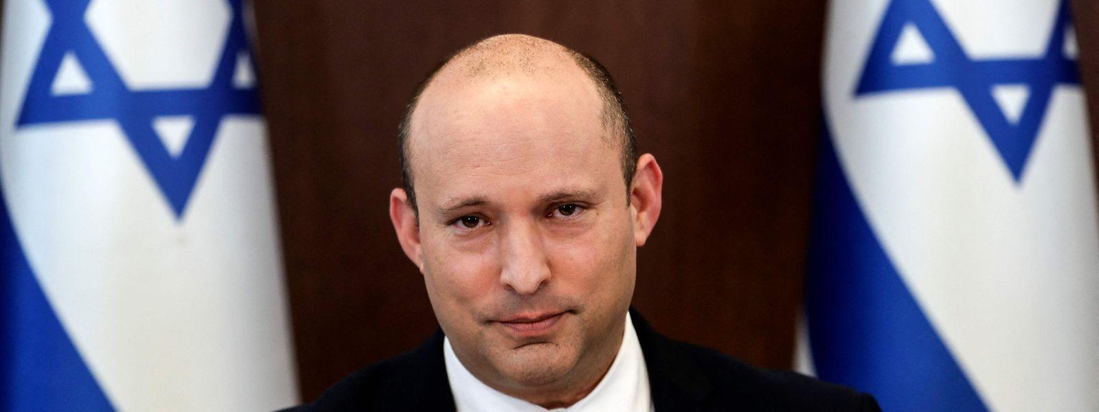 """Israels Premierminister Naftali Bennett will trotz steigender Infektionszahlen einen weiteren harten Lockdown vermeiden und spricht von """"sanfter Unterdrückung""""."""