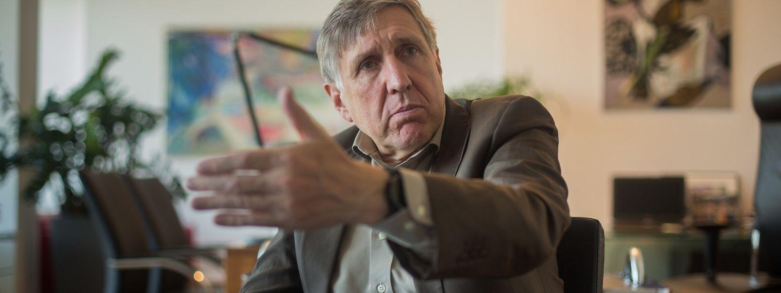 Selon Luc Heuschling, François Bausch, le ministre de la Mobilité, a outrepassé son autorité politique en écrivant directement au Parquet.