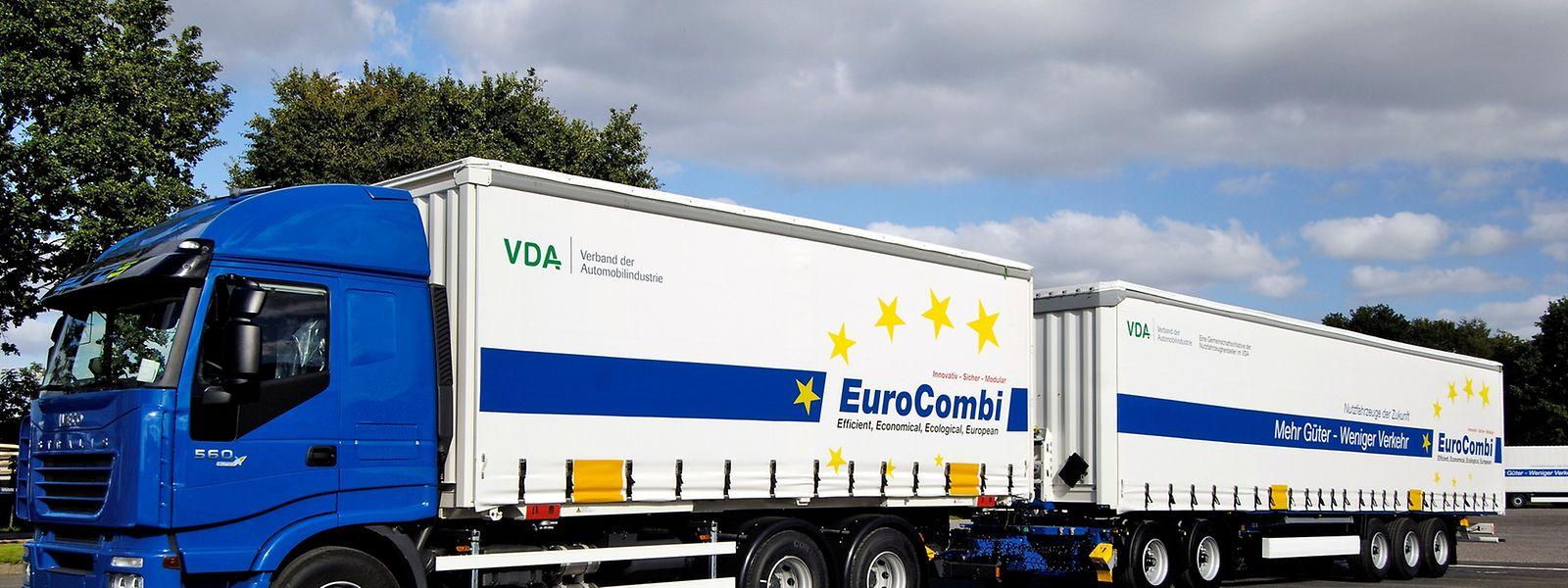 Gigaliner dürfen eine Gesamtlänge von 25,25 Metern haben. Zwei extralange Lastzüge können drei herkömmliche Lkw ersetzen.