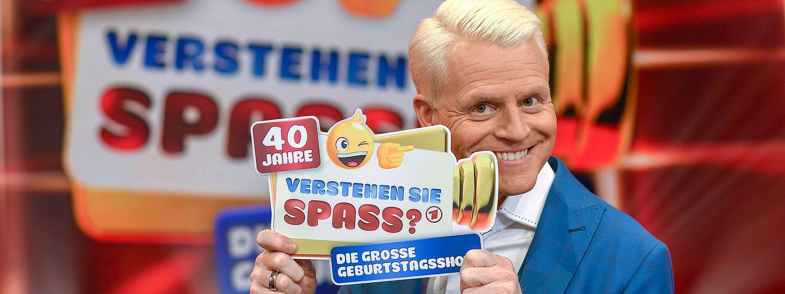"""Auch der ehemalige Büttenredner Guido Cantz hat allen Grund zum Feiern: Er ist seit zehn Jahren Moderator der Show """"Verstehen Sie Spaß?""""."""