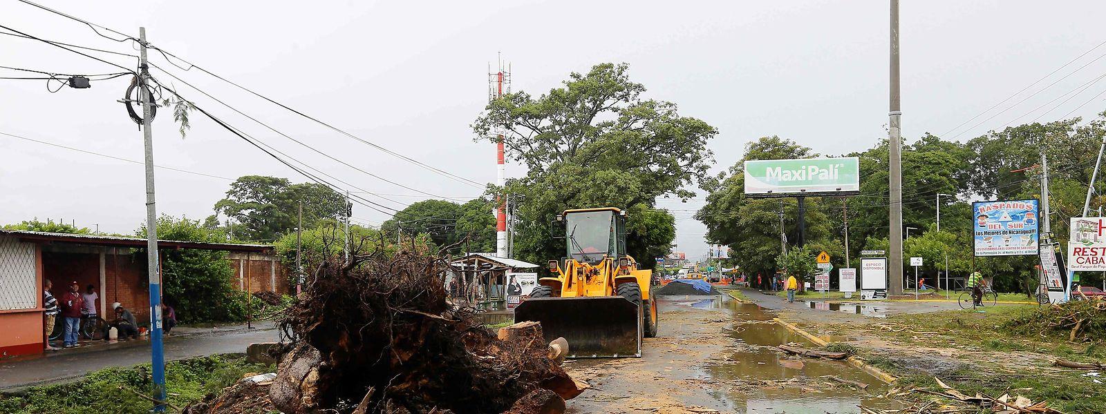 In Nicaragua wurde bereits mit den ersten Aufräumarbeiten begonnen.
