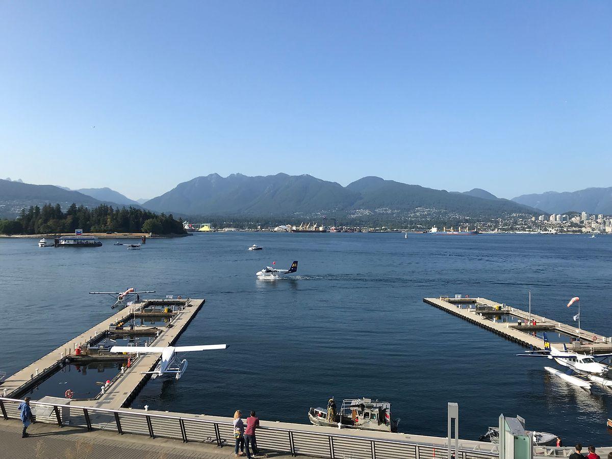 Wasserflugzeuge im Vancouver Harbour.