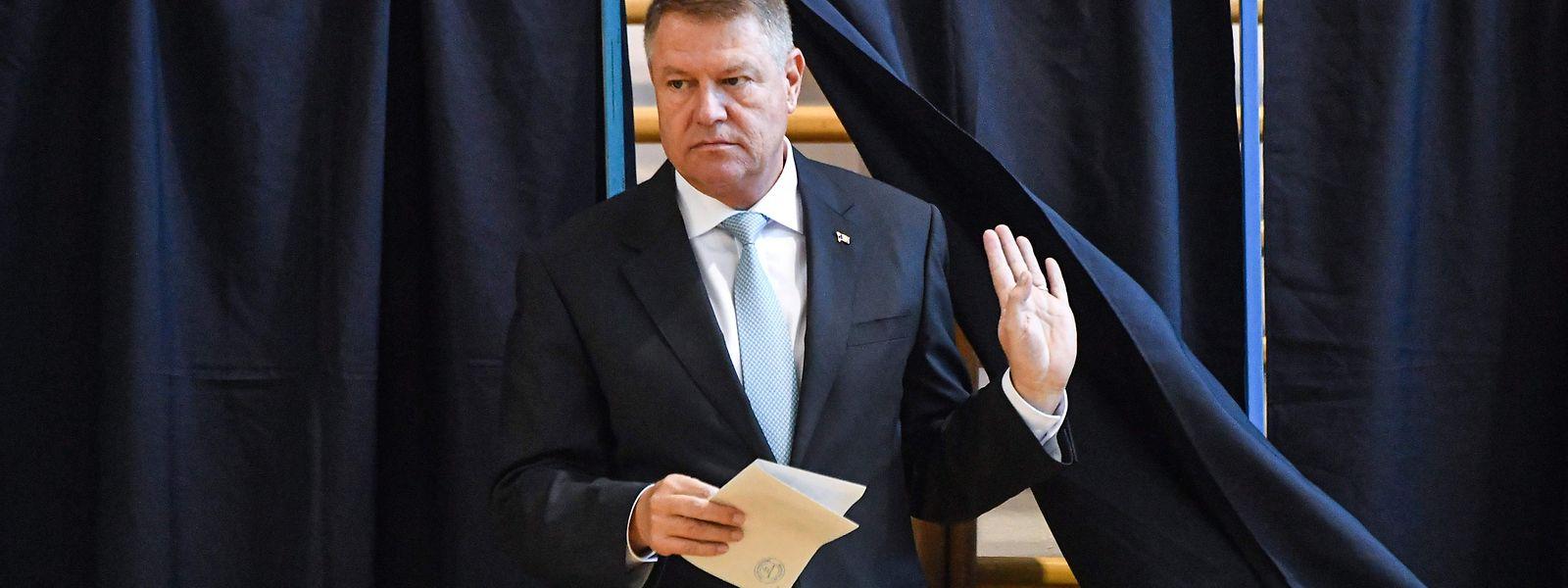 Favorit bei der Wahl ist Amtsinhaber Klaus Iohannis.