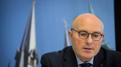 Das Verbot der Kofinanzierung bereitet Generalvikar Leo Wagener Kopfzerbrechen.