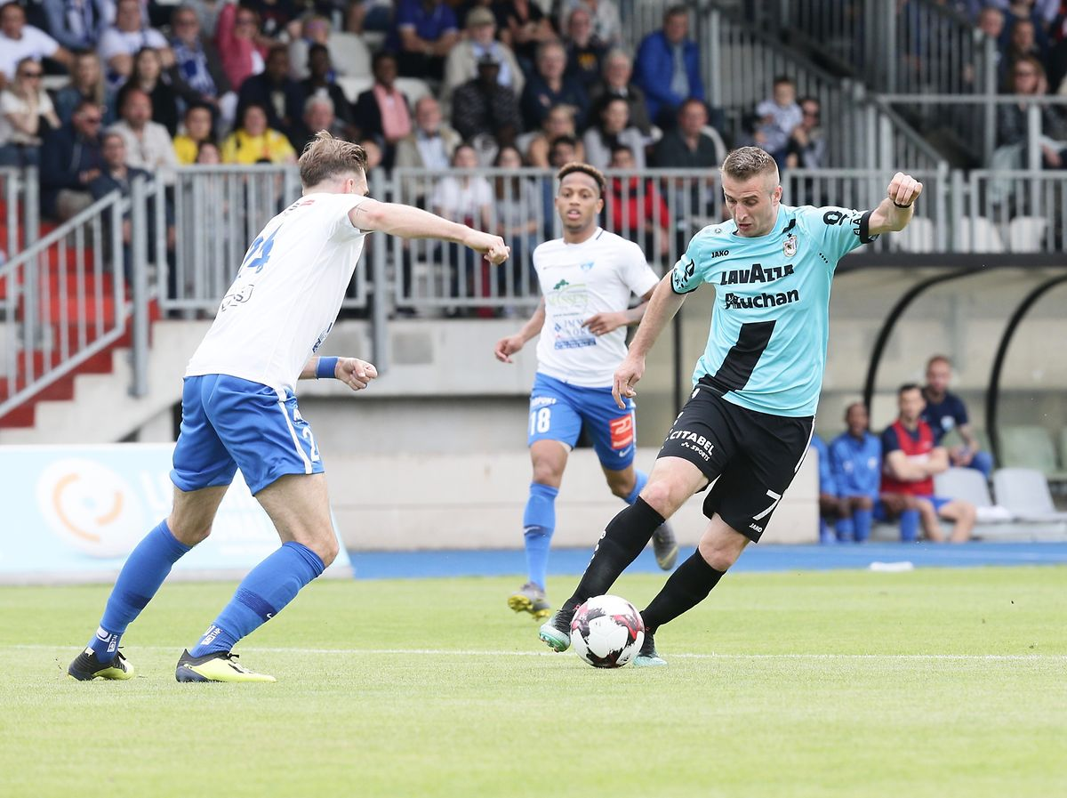 Sanel Ibrahimovic a superbement lancé Dave Turpel pour le deuxième but dudelangeois.