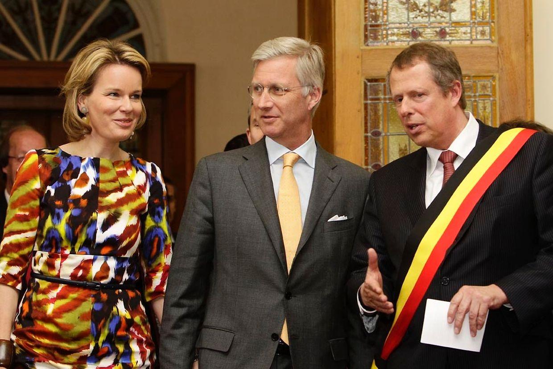 Empfang der königlichen Gäste im Rathaus in Arlon