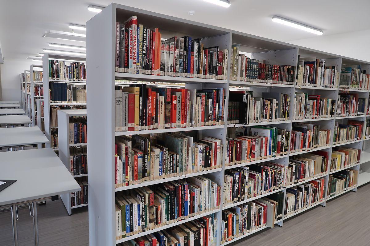 Der lang ersehnte Wunsch, die reichhaltige Bibliothek der Öffentlichkeit zugänglich zu machen, ging nun in Erfüllung.