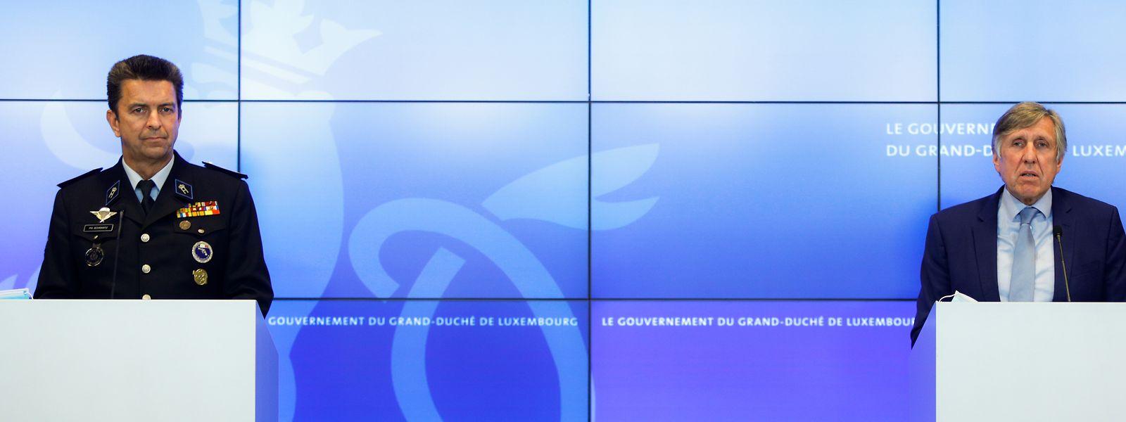 Polizeichef Philippe Schrantz und Minister für Innere Sicherheit François Bausch gaben am Freitag im Vorfeld der Lockerungen der Quarantäne-Maßnahmen ab kommenden Montag Erklärungen.
