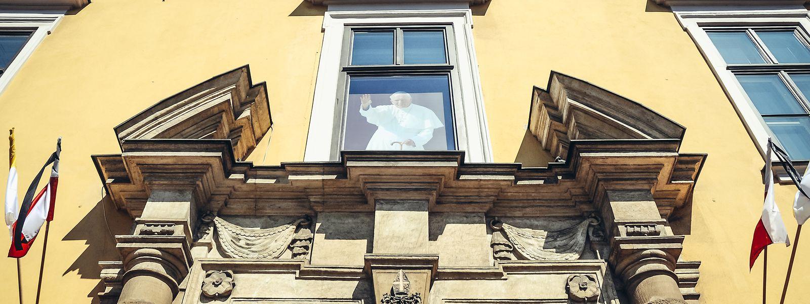 Ausgangspunkt der Tour ist der Bischofspalast, wo einst der spätere Papst residierte.