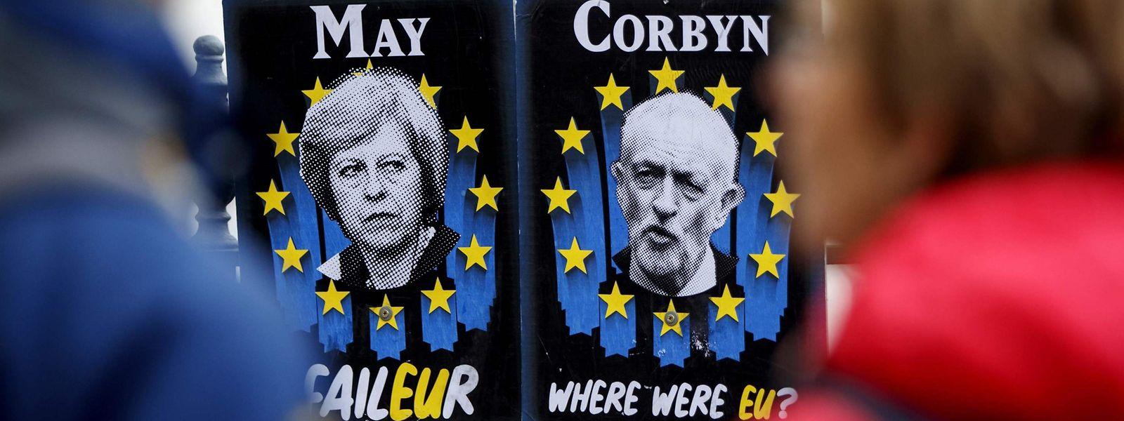 Les discussions de dernière minute entre la Première ministre Theresa May et le chef de l'opposition Jeremy Corbyn se poursuivent ce jeudi, afin de tenter de trouver une issue au Brexit.