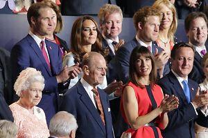 Die britischen Royals bei der Eröffnungsfeier der Olympischen Spiele in London.