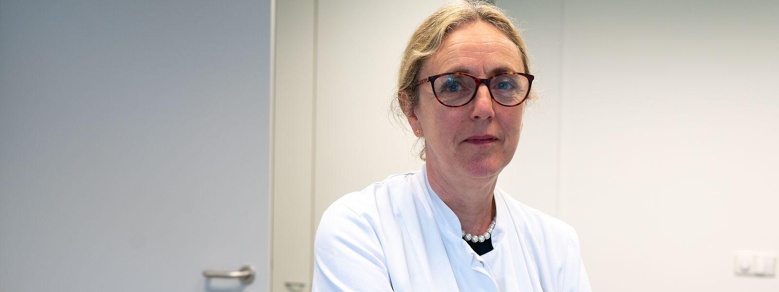 Selon le Dr Thérèse Staub, l'hospitalisation du Premier ministre devrait faire prendre conscience que le covid-19 est «une maladie grave».