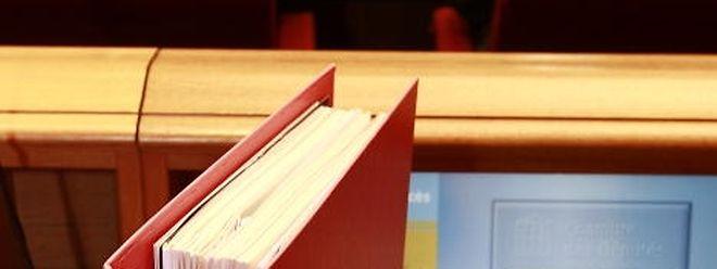 Die parlamentarische Enquete-Kommission wird ihre Arbeiten am kommenden Freitag fortsetzen.