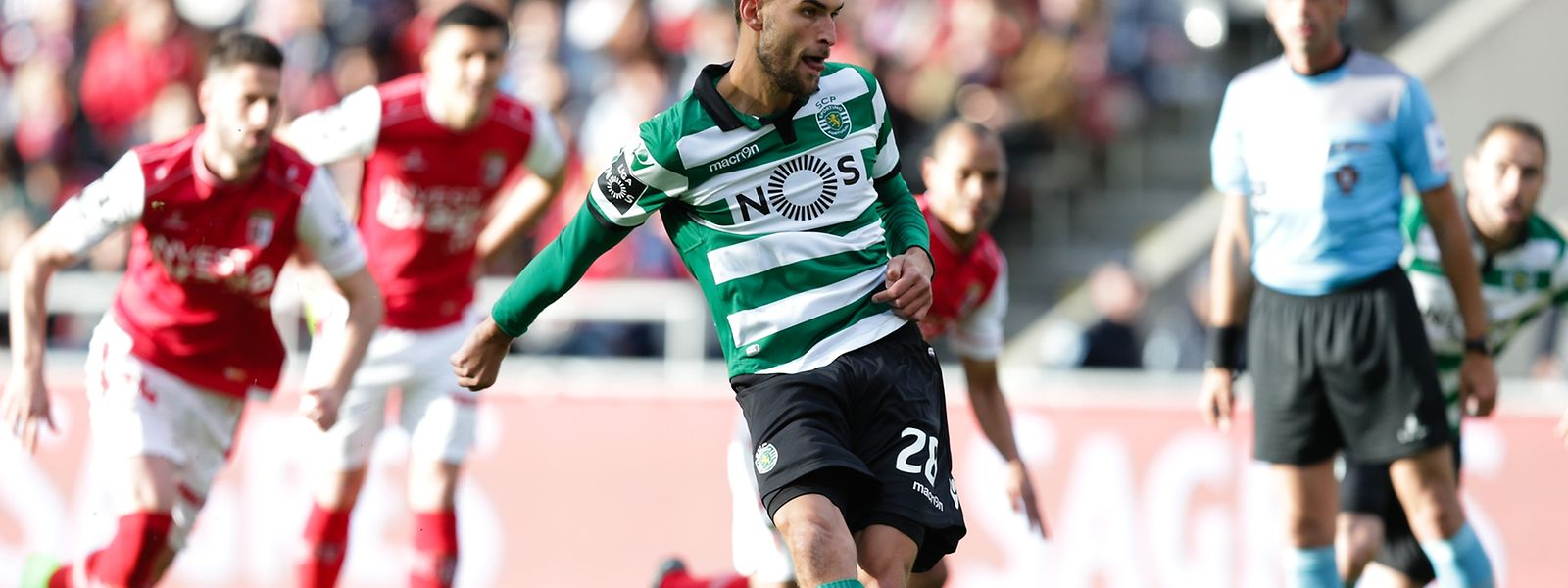 O Sporting venceu hoje no terreno do Sporting de Braga, por 3-2