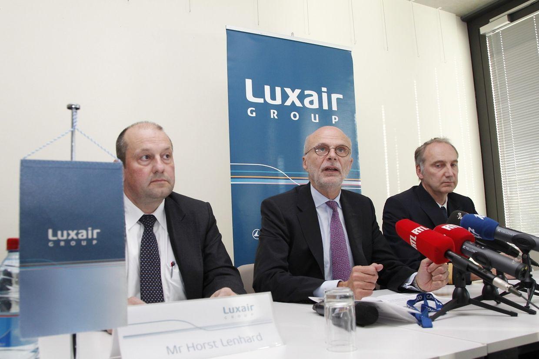 Adrien Ney (Mitte), CEO der Luxair Group, informierte die Öffentlichkeit am Mittwoch über die Bauchlandung einer Luxair-Maschine in Frankfurt.