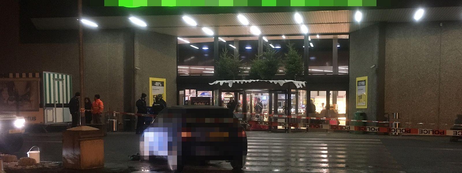 Der Unfall ereignete sich auf dem Parkgelände eines Supermarktes.