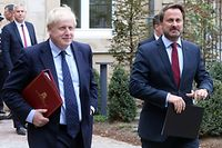 British Prime Minister Boris Johnson (L) and Luxembourg's Prime Minister Xavier Bettel (R) leave a meeting with EU Commission President and officials in Luxembourg on September 16, 2019. - Six weeks before he is due to lead Britain out of the European Union, Prime Minister Boris Johnson meets Jean-Claude Juncker, insisting that a Brexit deal is possible. Downing Street has confidently billed the Luxembourg visit as part of efforts to negotiate an orderly divorce from the union before an October 17 EU summit. (Photo by Fran�ois WALSCHAERTS / AFP)