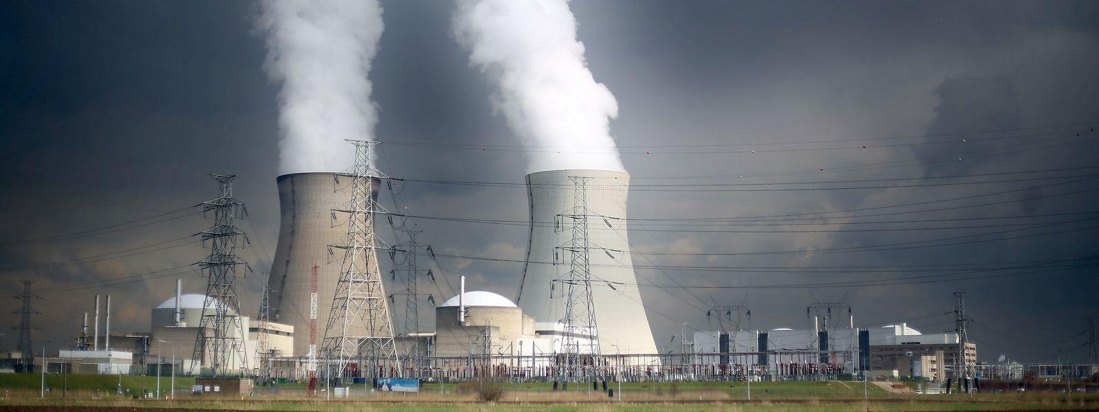 Les réacteurs Doel 1 et Doel 2 devront faire l'objet d'une évaluation environnementale, indique lundi la CJUE.
