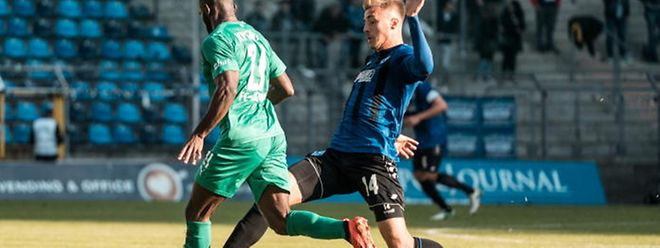 Maurice Deville et le Waldhof Mannheim filent tout droit vers la troisième Bundesliga.