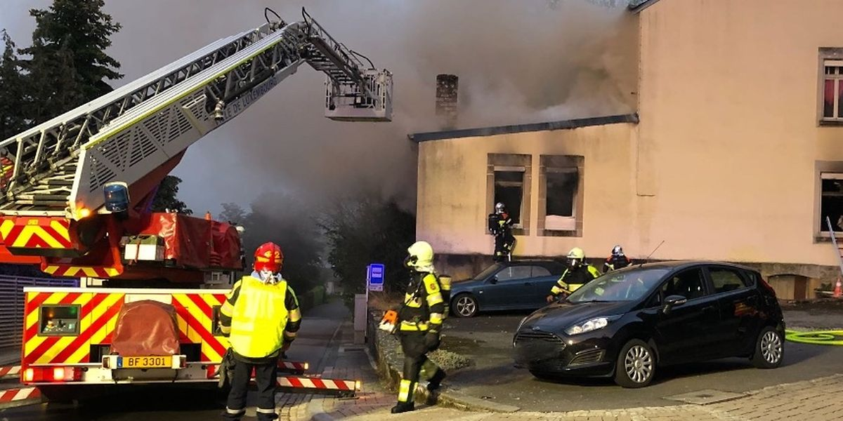 Nach einer Stunden hatten die Einsatzkräfte das Feuer unter Kontrolle.