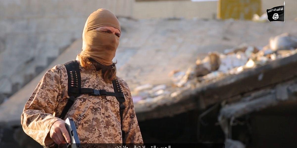 Cinq djihadistes apparaissent dans la vidéo de 8 minutes publiée fin janvier sur internet. L'un d'eux est le luso-descendant Steve Duarte, originaire de Meispelt.