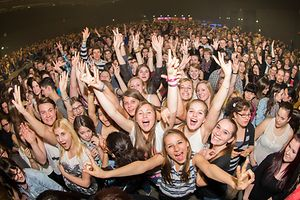Screaming fans at a Rockhal concert