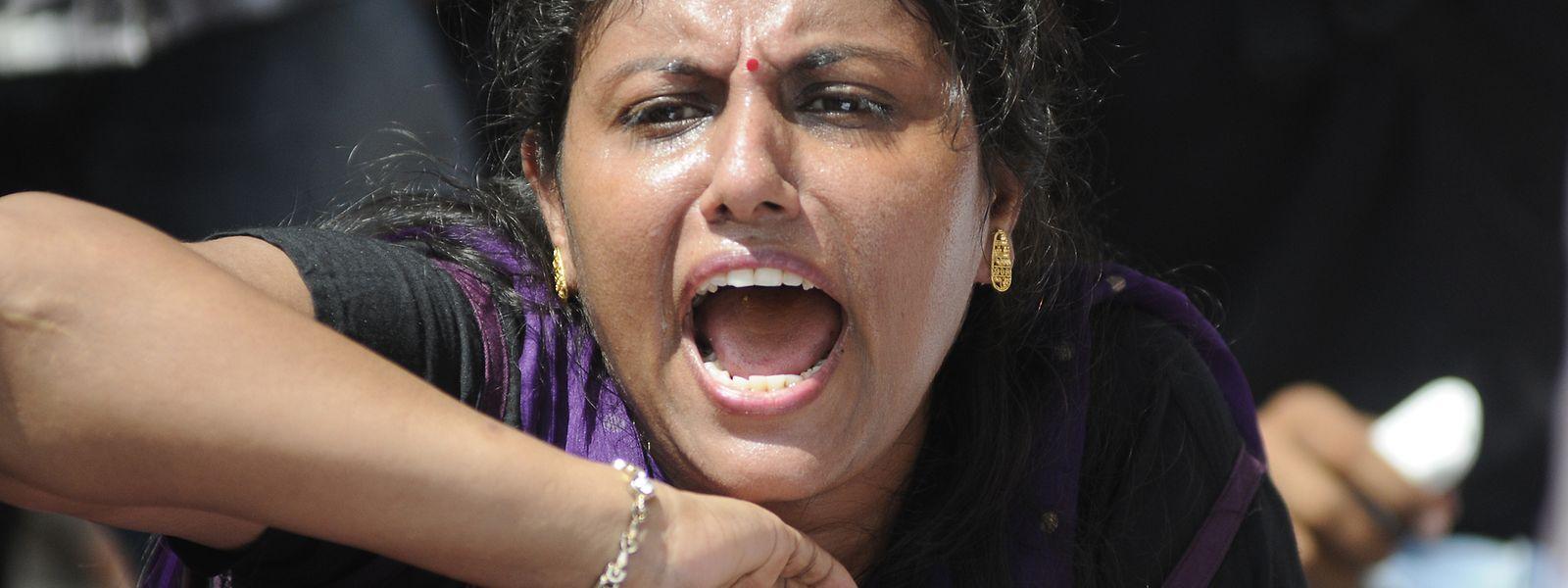 Die Frauen in Indien wollen endlich gehört werden. Ihr Land ist das gefährlichste der Welt mit Täglich  mehr als 100 Vergewaltigungen am Tag.