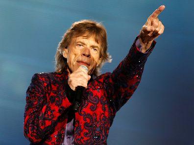 Mick Jagger muss sich für seine exzessiven Bühnenauftritte fit halten. Das zahlt sich offenbar auch anderweitig aus.