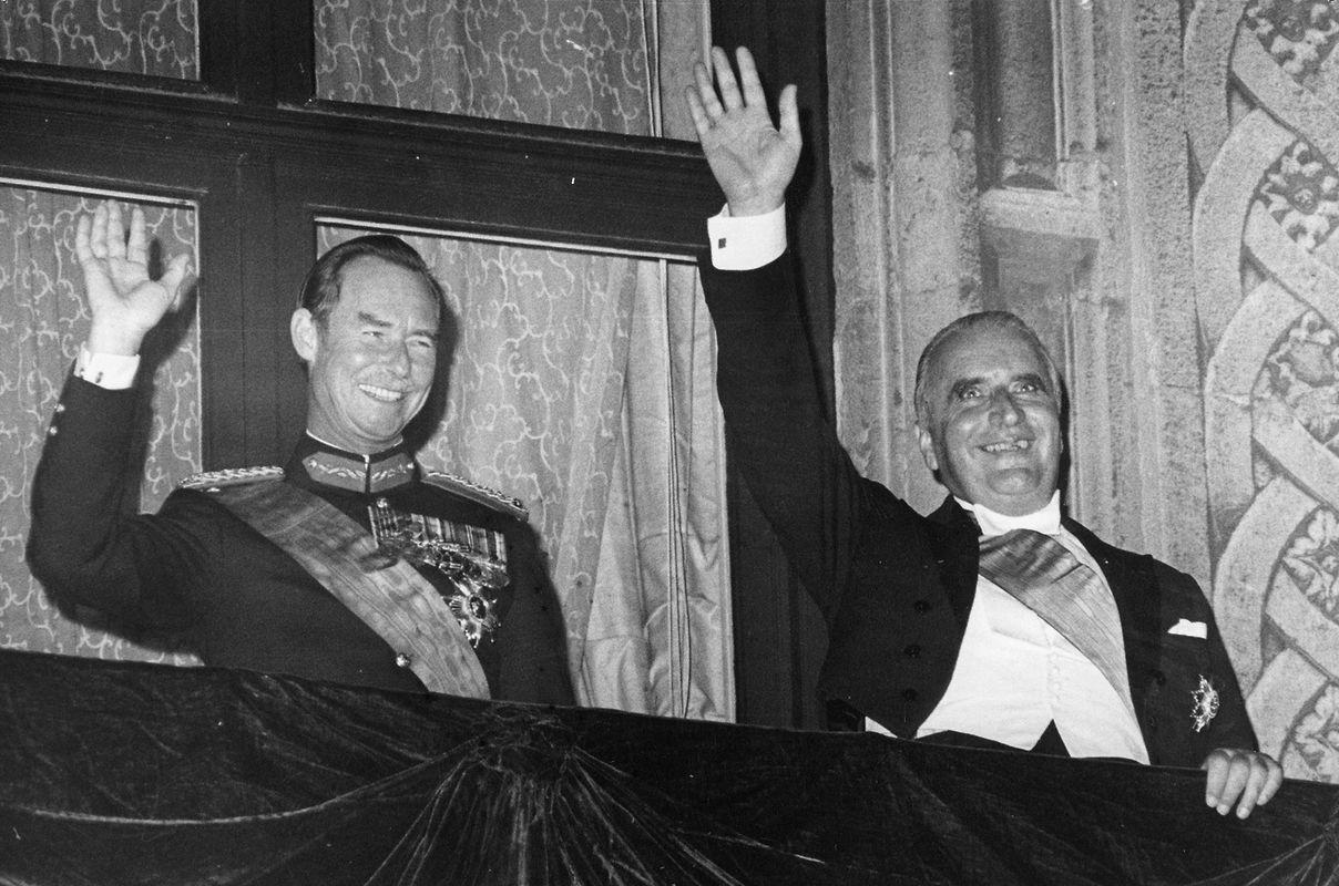 Vor dem großherzoglichen Palast versammelten sich am Abend spontan Tausende Menschen. Sie jubelten, als der Großherzog und Präsident Pompidou auf dem Balkon erschienen und ihnen zuwinkten.